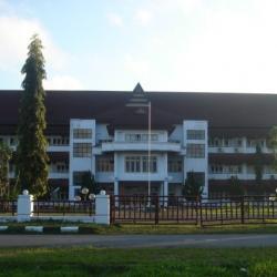 Kantor Bupati Maluku Tengah