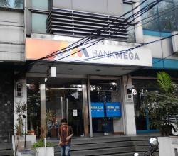 Bank Mega KCP Warung Buncit