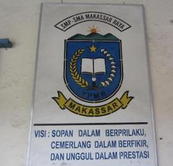 SMA Makassar Raya